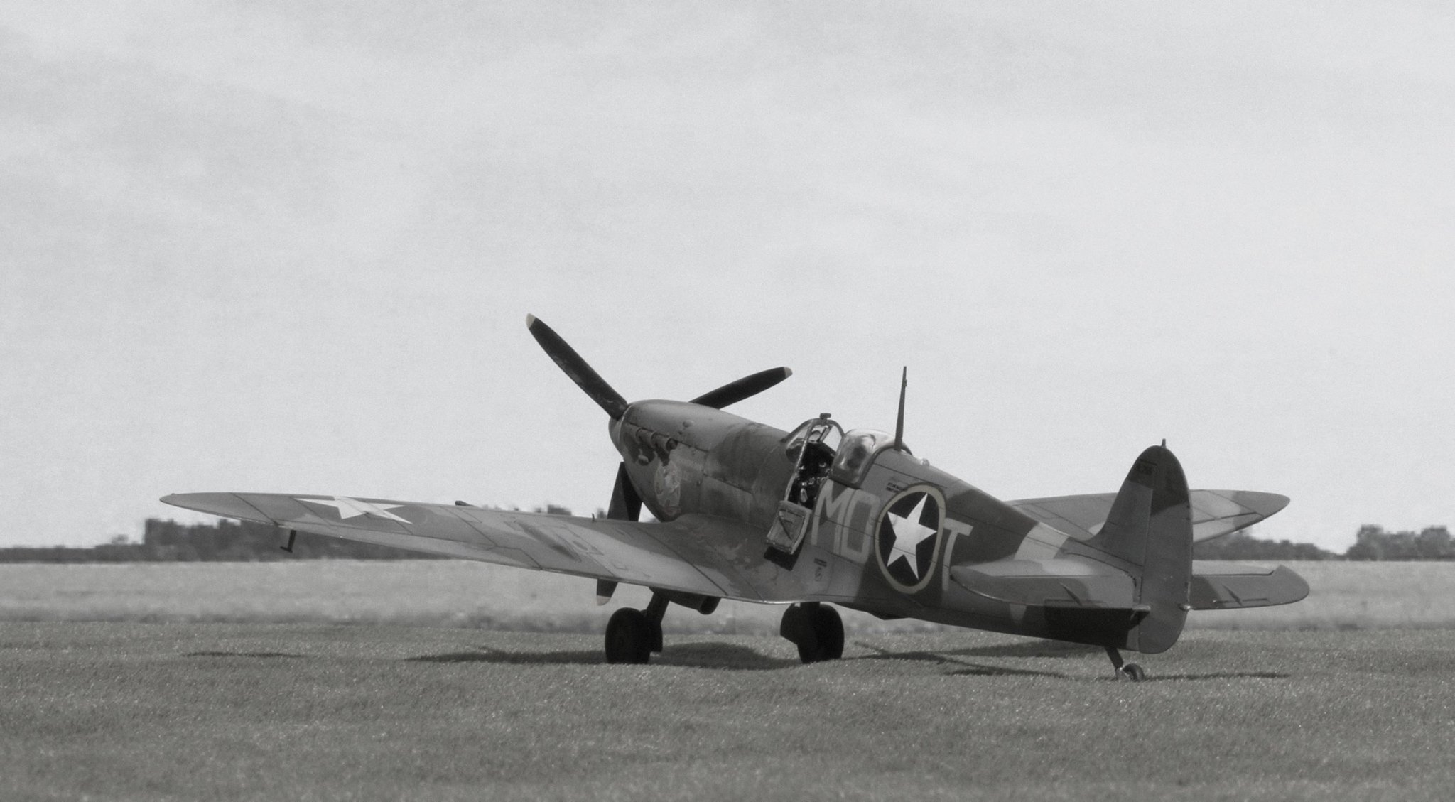 Spitfire Mk.Vb BL255 flown by Don Gentile 336th Fighter Squadron, 4th Fighter Group, USAAF at Debden August 1942